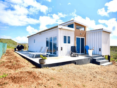 conatiner-homes-by-glorious-container-conversions-limited (1)-min